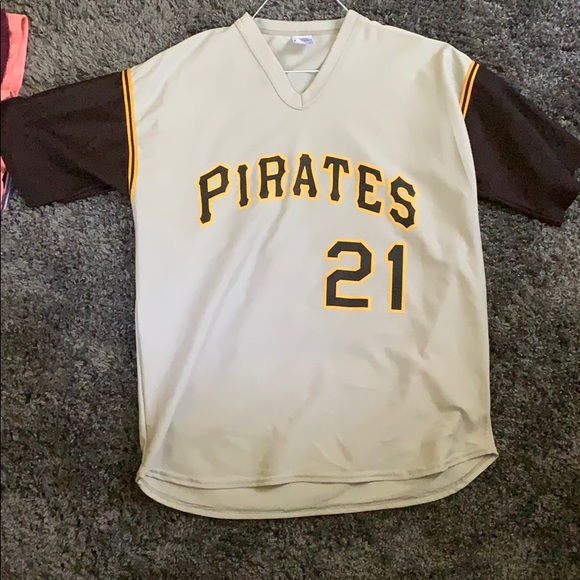 the best attitude b7253 609e0 Roberto Clemente Jersey. Pittsburgh pirates